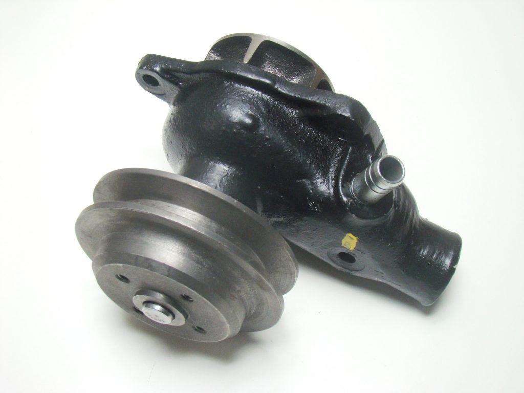 32-CR510. BOMBA DE AGUA Y POLEA